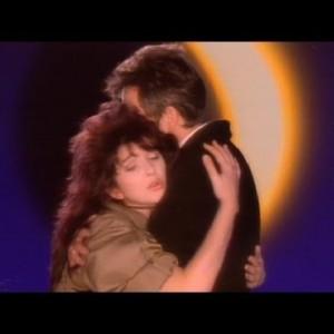 Peter Gabriel – Don't Give Up (ft. Kate Bush)