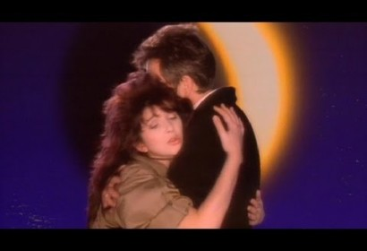 Peter Gabriel – Don't Give Up (ft. Kate Bush)