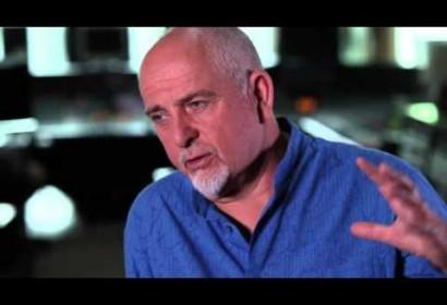 Peter Gabriel – New Blood – Solsbury Hill