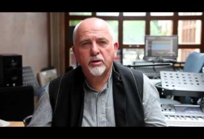 Peter Gabriel speaks of the loss of Nelson Mandela